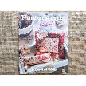 """LIBRO """"PUNTO DE CRUZ FÁCIL"""""""